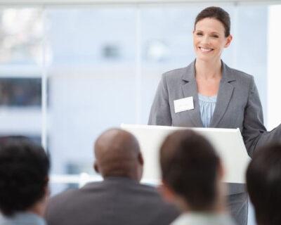 Taller de habilidades de COMUNICACIÓN EFECTIVA para HABLAR en PÚBLICO
